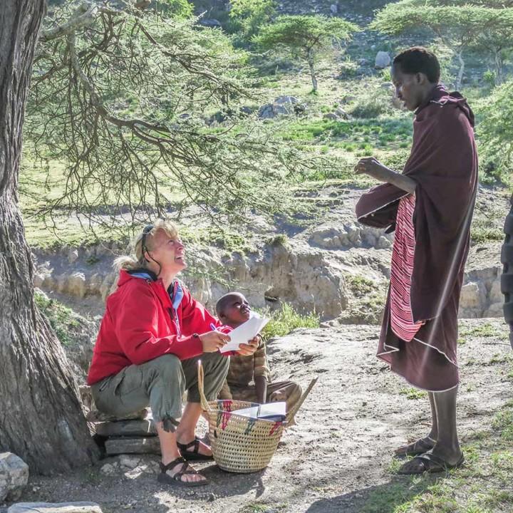 Ingela and lion scout Ndolok Kilitia